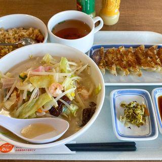 野菜たっぷり食べるスープ(リンガーハット テラッセ納屋橋店)