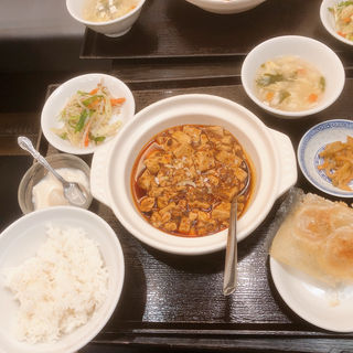 赤麻婆豆腐セット(新橋玲玲餃子 (シンバシレイレイギョウザ))