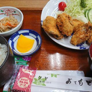 カキフライ定食(フクヤ)