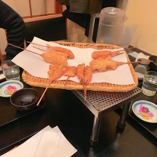 <串揚8本ごはん赤出汁小鉢サラダおしんこ>(六波羅 (ろくはら))