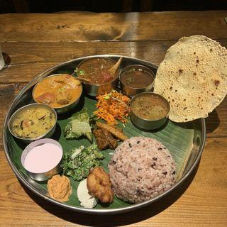 スペシャルミールス(南インド料理 葉菜)