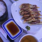 薄皮ぎょうざ定食(7個)