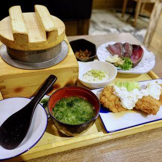 わら焼き鰹のたたきとチキン南蛮定食(龍神丸 イオンモール堺北花田店)