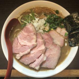 煮干豚骨チャーシュー麺