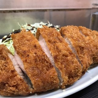 ロースカツ定食(まんぷく)