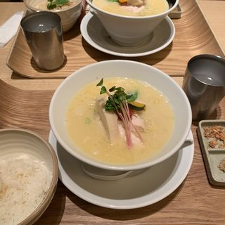 鶏白湯SOBA(銀座 篝 ルクア大阪店)