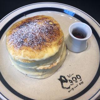 ふわふわブリュレパンケーキ(eggg Cafe 小平本店)