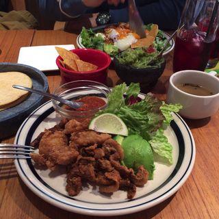 トルティーヤ、ワカモレ(Mexican Dining ABOCADO)