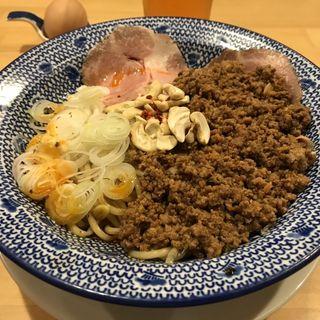 汁なし担担麺(担担麺の掟を破る者)