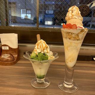 黒みつと抹茶わらびもちパフェ(からふね屋珈琲店 三条本店 )