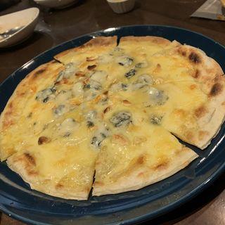 クアトロフォルマッジョ(カフェ ダイニング ウワサノ ムウ (Cafe dining uwasano Muu))