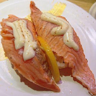 炙りサーモンチーズ(海鮮三崎港 川崎ダイス)