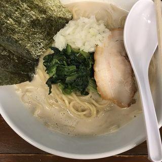 らーめん(醤油鶏魚介)(ゴッチ )