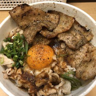 豚マニア丼(稲田屋 SUN )