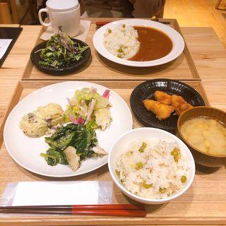 (カフェ&ミール ムジ 新宿 (Cafe&Meal MUJI))
