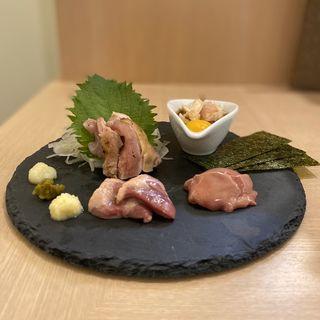お刺身4種盛り(ハツ、肝、モモのタタキ、ムネのタタキ)(焼き鳥 だいえん)