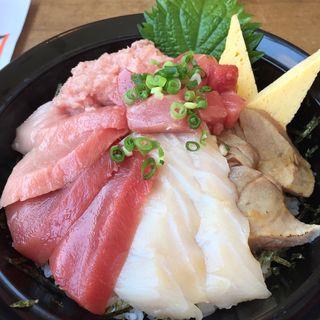 みなみ海鮮丼(本日の日替り)(清水港 みなみ  )