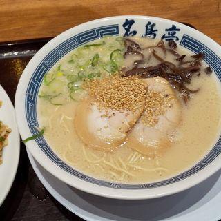 豚骨ラーメン(名島亭 ららぽーと横浜店)