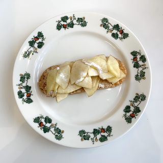 薄焼きアップルパイ(六花亭 真駒内ホール店)