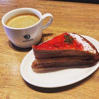 苺とマスカルポーネのミルクレープ(プロント 亀有店 (PRONTO))