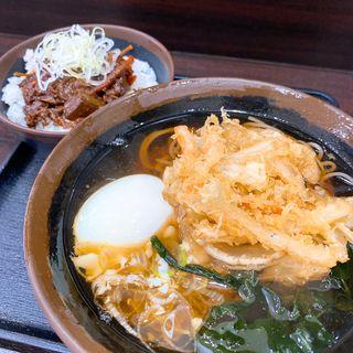 ドテ煮丼セット、かき揚げ天、温泉玉子(峠の蕎麦 )