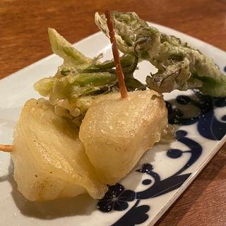 新玉ねぎとたらの芽の天ぷら たらの芽とエシャロットのかき揚げ(コノ花まひろ )