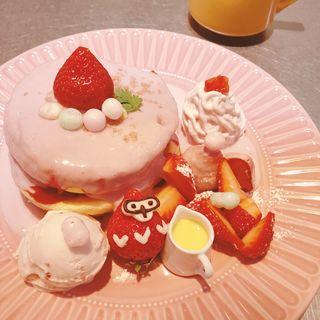 マカダミアナッツいちごのパンケーキ(レインボーパンケーキ 西武池袋店 (RAINBOW PANCAKE))