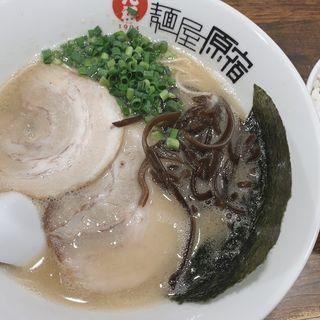 白ラーメン(元祖 麺屋原宿 名古屋金山店 (がんそ めんやはらじゅく))