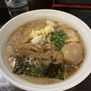 背脂生姜平打ち麺