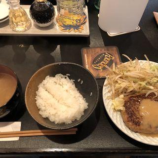 ハンバーグ定食(ごちそうや by fifteen)