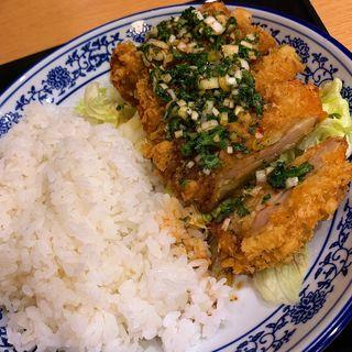 油淋鶏丼(香港プラザ 高砂店)