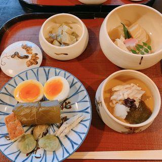 鶉粥(名物煮玉子)(瓢亭 本店 (ひょうてい))