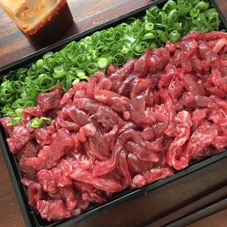 マグロユッケ寿司(マグロマート)