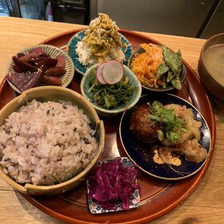 おばんざい定食(酒場きんぼし)
