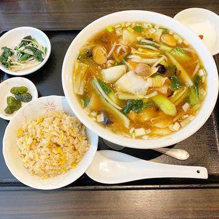 五目麺+半チャーハンセット(大上海 )