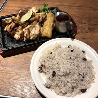 ジャークチキンライス(HangOut HangOver 渋谷)