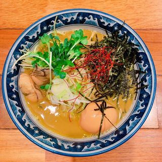 牡蠣 拉麺 味玉付き(佐市 )