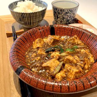 麻婆豆腐定食(エスサワダ 西麻布)
