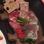 肉前菜盛り合わせ(ぶーみんヴィノム )