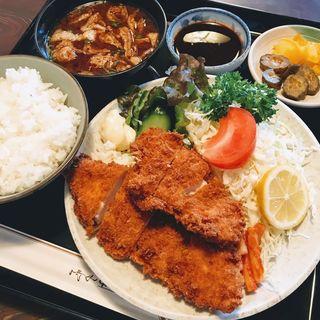 チキンかつ定食(香楽 大塚店 )