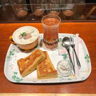 フレンチトーストセット(CAFE AALIYA (カフェ アリヤ))