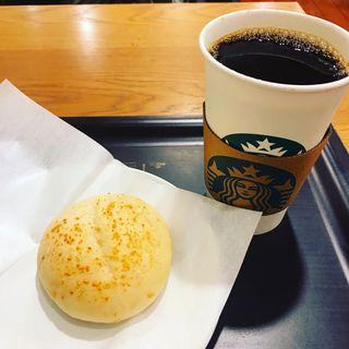 もちもちチーズブレッド(スターバックス・コーヒー 東武北千住駅店 (STARBUCKS COFFEE))