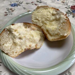 シュークリームパン(リビエール ベーカリー (Riviere Bakery))