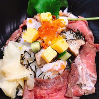 海鮮とローストビーフのちらし寿司