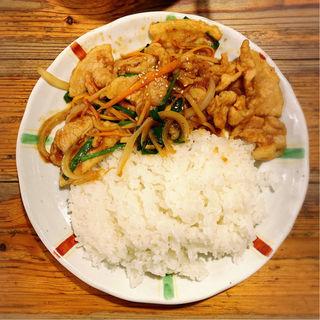 スタミナ焼肉丼(麺飯食堂なかじま)