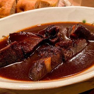 牛ほほ肉の赤ワイン煮込み(リストランテ センソ )