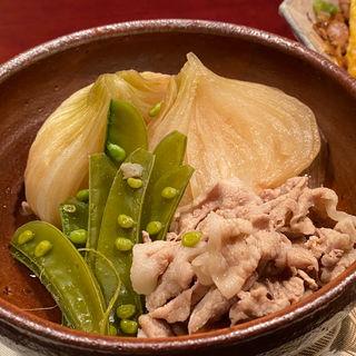 玉ねぎと豚しゃぶの煮物(居酒屋おかちゃん)