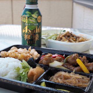 お弁当(酢豚と海老マヨ)(八戒 )
