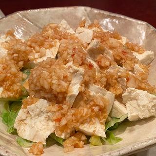 春キャベツと豆腐の香りソースかけ(居酒屋おかちゃん)