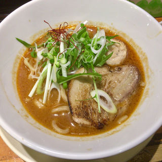 ワンコインらーめん サラッとした旨エビ太麺 (千極煮干 (センゴクニボシ))
